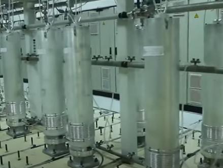 """Bas Belder over Iraans atoomprogramma : """"Teheran schaakt, het Westen dobbelt"""""""