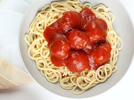 Nieuw koosjer recept  -  Kalkoen gehaktballetjes in tomatensaus