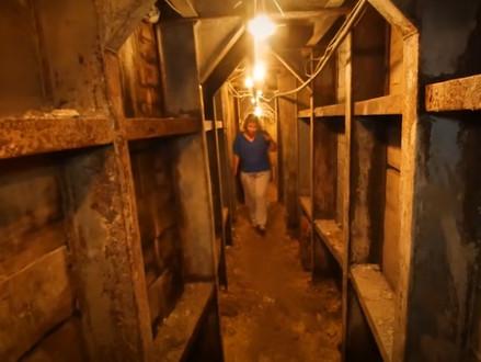 Loop met ons mee op een ondergrondse reis van de Stad van David naar de Tempelberg Foundation Stones