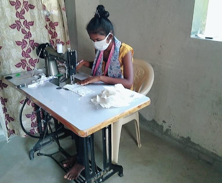 sewing 100.jpg