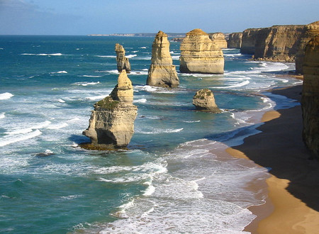 Richard Riordan MP: Schoolies to lead Great Ocean Road Tourism Recovery