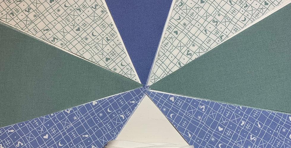 Wimpelkette Farbmix blau-salbei mit Wunschnamen