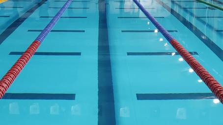 Licenciement d'un professeur de natation pour manquements à ses obligations contractuelles