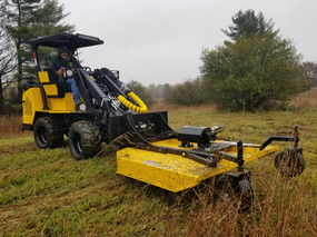 Hummerbee Articulated Compact Loader with Mower