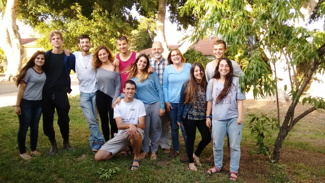 Students of Maitzar