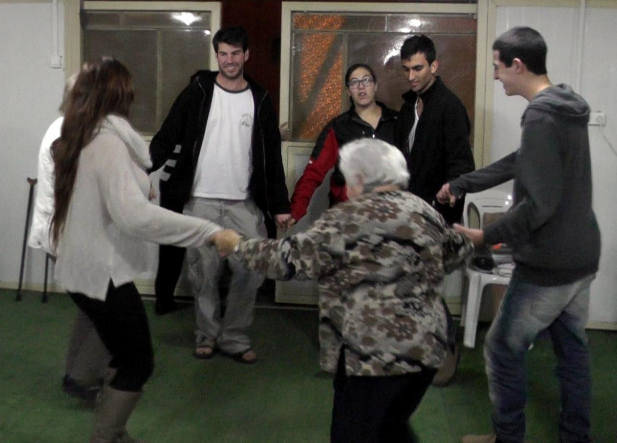 04 Dancing in K.Shmona (2)