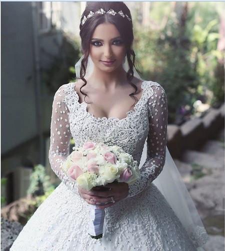 Vestido de noiva princesa manga longa