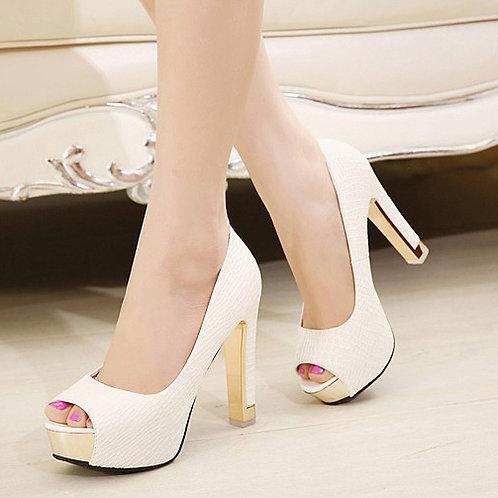 Sapato Peep Realce