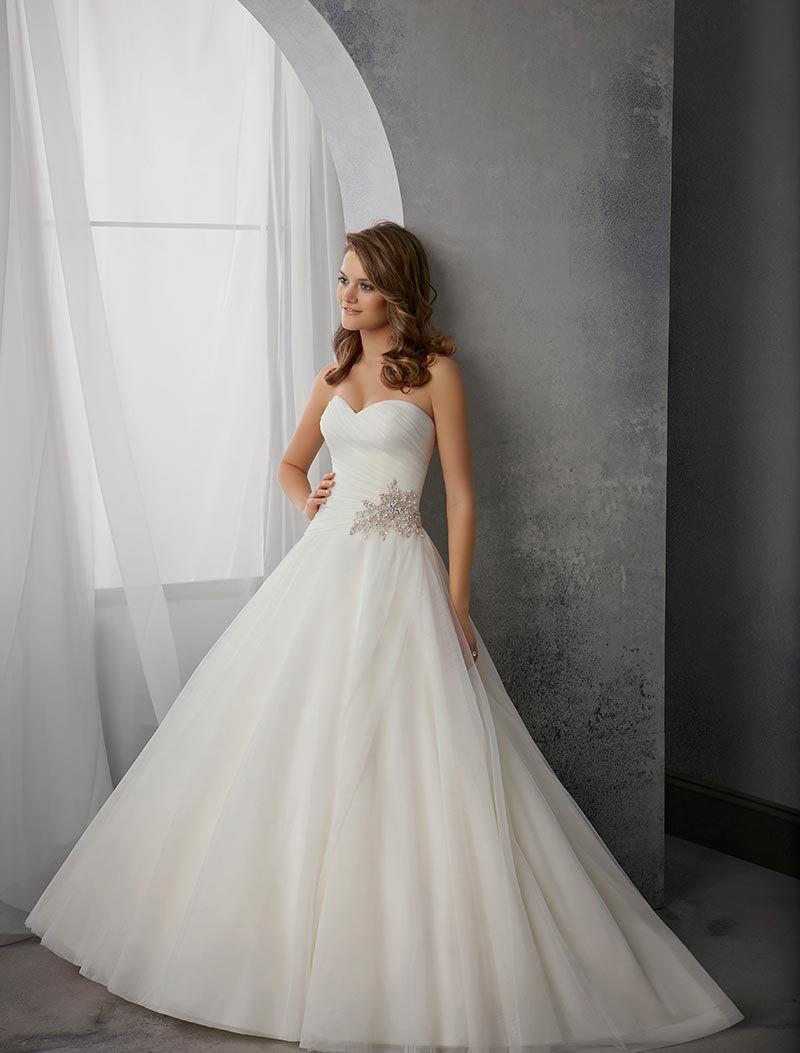 Vestido de noiva decote tomara que caia saiba utilizar corretamente