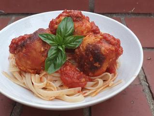 Canellini Bean 'Meat'balls in an Italian Tomato Sauce