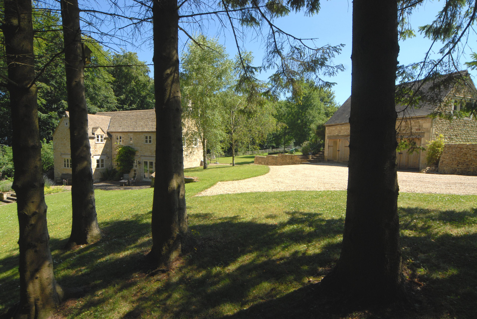 THE PADDOCKS country house in The Cotswolds