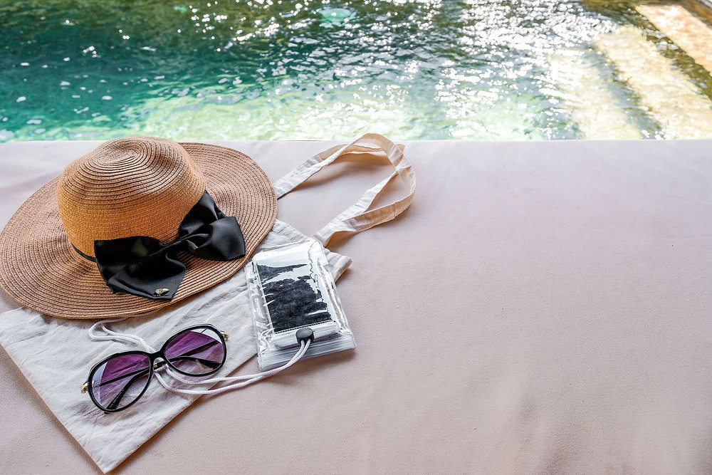 Here are recommendations for things to bring to Jamaica, things for you to have a safe and comfortable vacation.