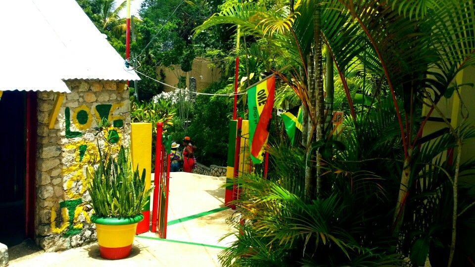 The Bob Marley Mausoleum is a tourist attraction located in Nine Mile, managed by members of Marley's family. It has many historical artifacts including guitars, awards and photographs. Nine Mile is where Bob Marley's musical career began and also influenced many of his songs.