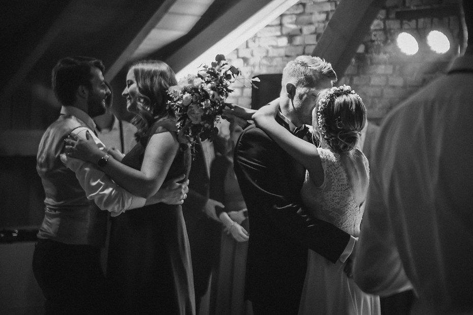 susi-neumair-wedding-dreamz-is23WB9JOyo-