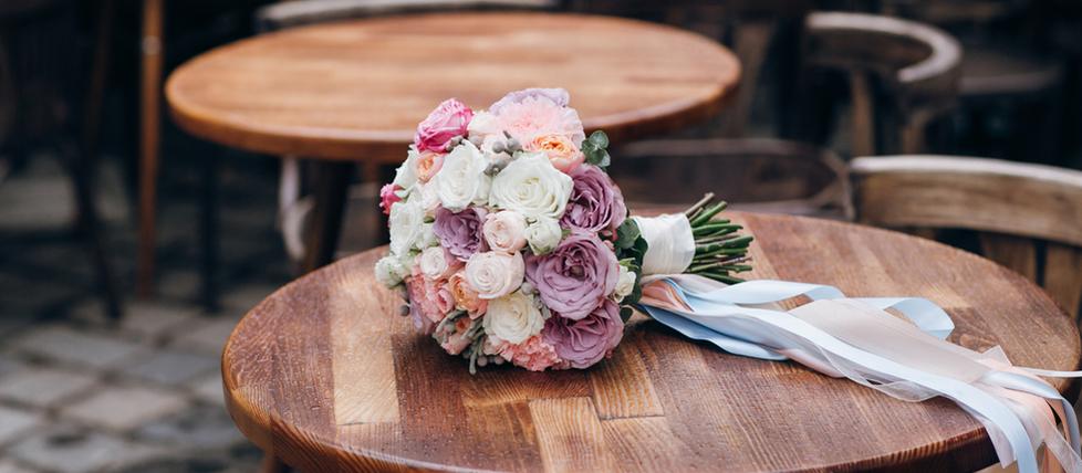 """Wenn es nicht nur """"Single Ladies"""" auf euer Hochzeit gibt - Der Brautstraußwurf"""