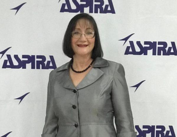 Ángela Santiago