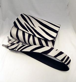 zebra_belt_bag_front_angle_top_strap_off