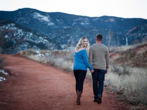 Couples Photos   Red Rock Canyon Open Space   Colorado