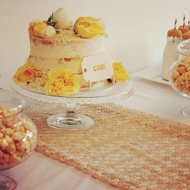 Semi-naked Edible Flower Cake