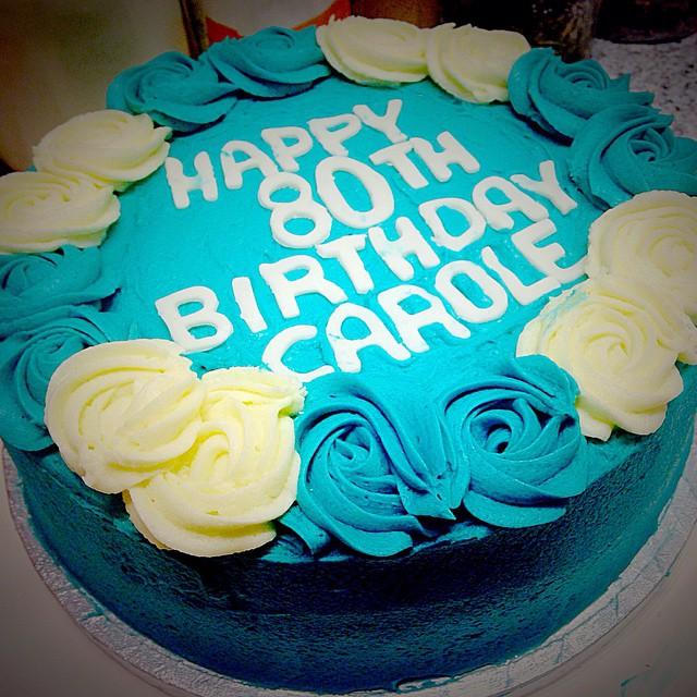 Rosette Crown Cake