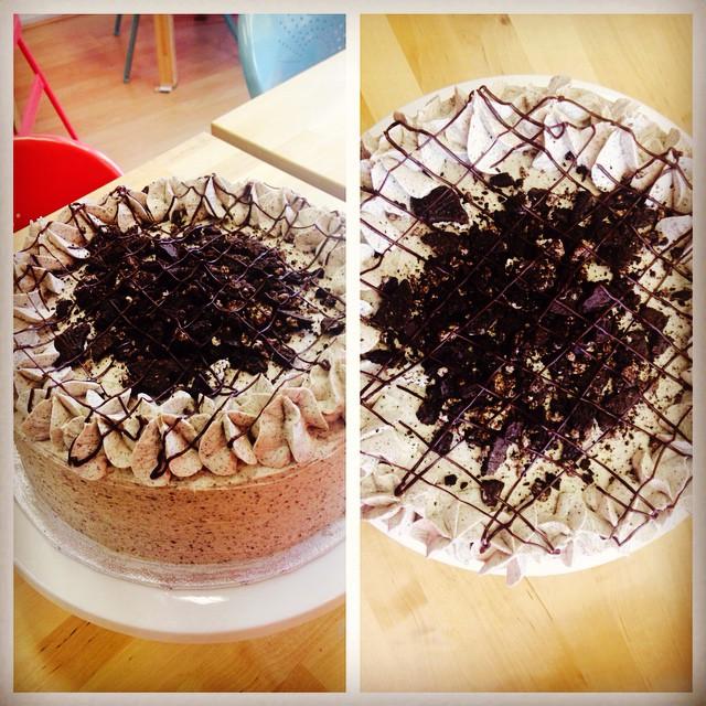 Cookies 'n' Cream Oreo Cake