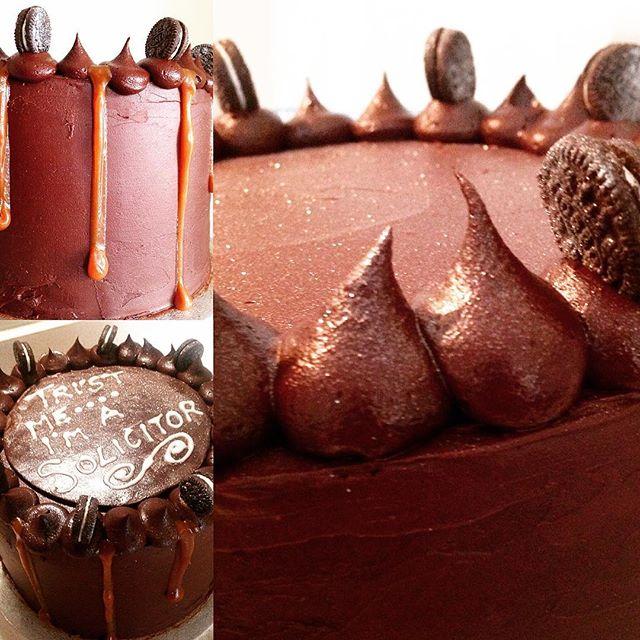 Chocolate Salted Caramel Drip Cake