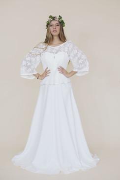 Pull chataigne et headband Mélusine sur robe Vivyane- Fairy trees- Kryzalidea couture