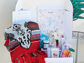 🎁 I'm loving all these goodies in the @wearetheusbox Fall Elite box!