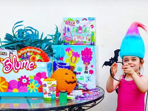 🌺 Zelah had her own little Halloween themed blumedolls unboxing party today!!