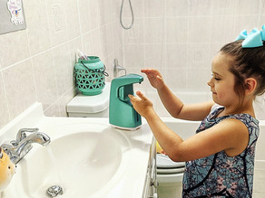 🏠 This touchless automatic soap dispenser from dispenova home is perfect for Zelah's bathroom.