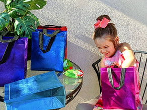 🛍️ I found this set of beautiful gift bags at the NushNush store on amazon.