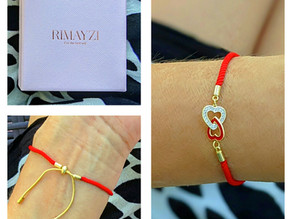 ❤️ I found this beautiful rimayzi 14k gold plated hearts Red String bracelet on Amazon.