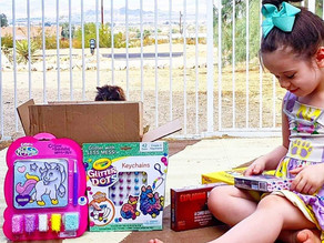 🎁 We got to participate in the @thetoyinsider 's #HolidayofPlay @ home a few weeks ago!!