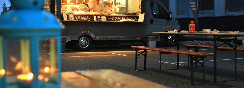 Truck_lowres_06.JPG