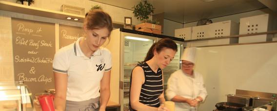 Foodtruck Catering 5 - Kopie.JPG