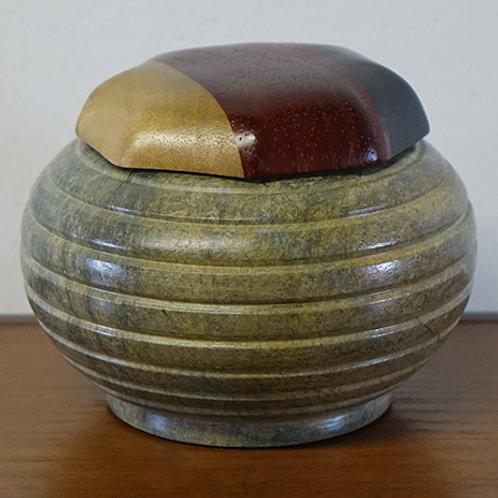 Mbigou stone box
