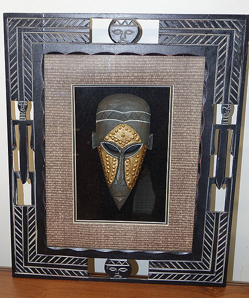 Mask with frame