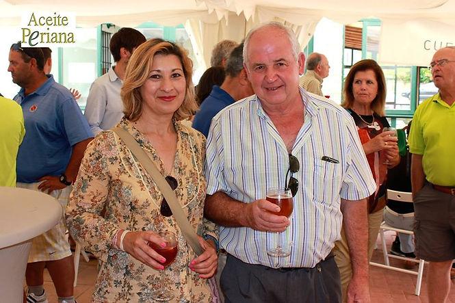 Paco Godoy, presidente de Aceite Periana, y Consuelo López, directora de Comunicación de COMONÓ