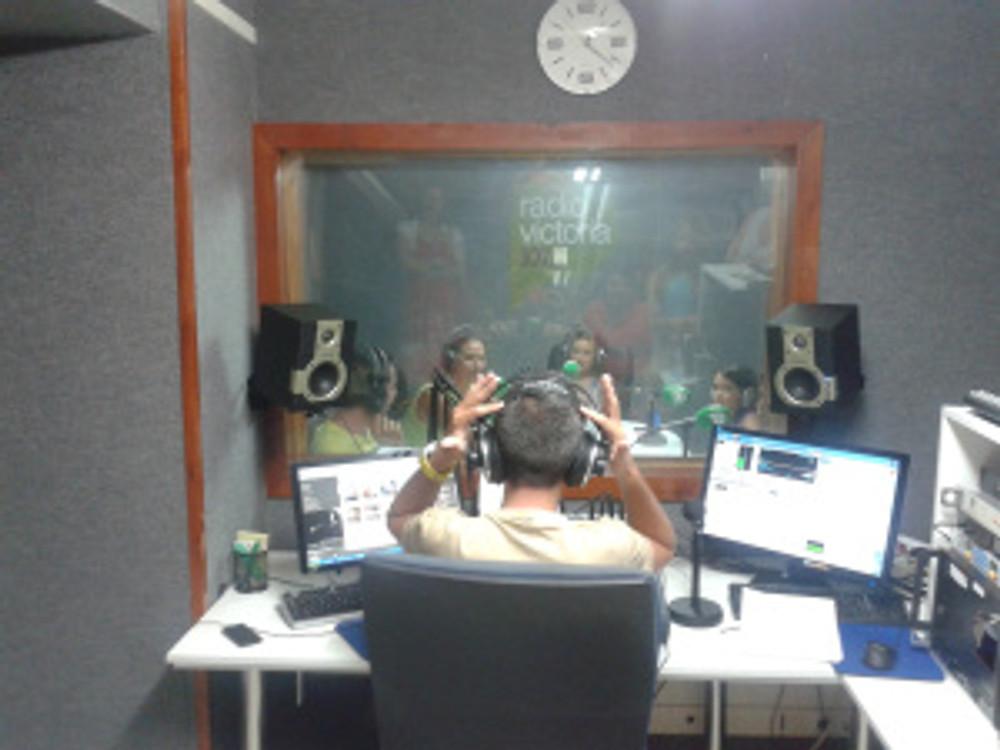 Luis Algoró Radio Victoria