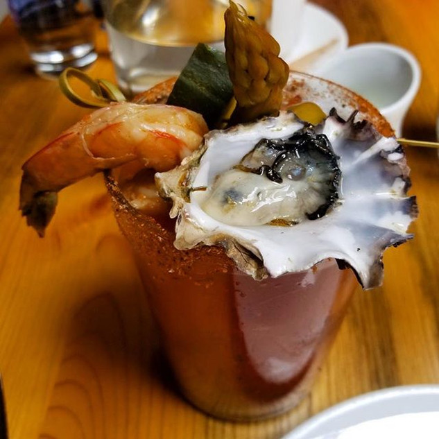 Seafood alcohol 🍷 ._._._._.jpg