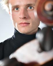 Martin Egidi, Violoncelle