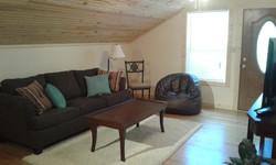 Hawks Nest Living room