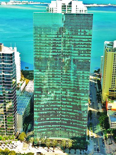 Espirito_Santo_Plaza_Downtown_Miami_2010