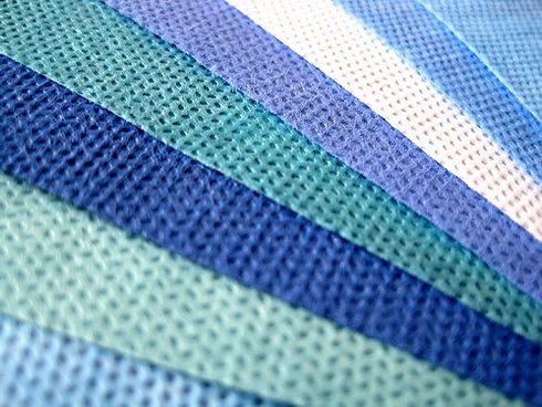 Ss-SSS-SMS-Nonwoven-Fabric-Colored-Fabri