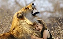 Rire Lion Enfant