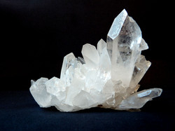 rock-crystal-1603480_1920