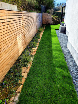 Gartenteil mit Rhombus-Sichtschutz