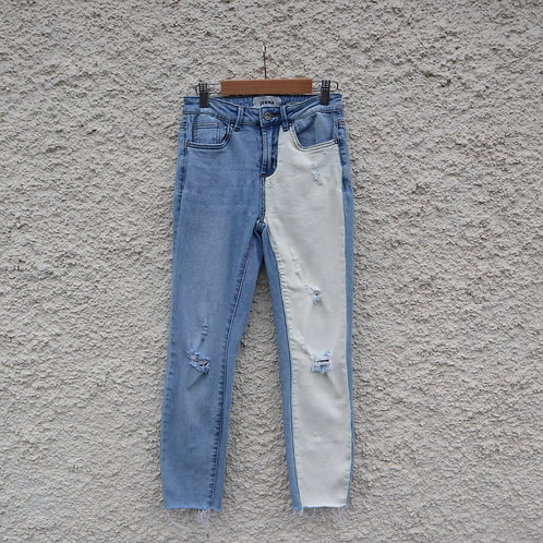 Two tone contrast mom jeans