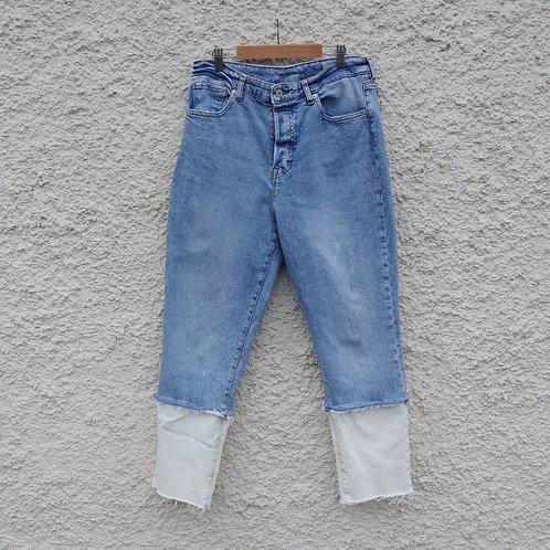 White cuffed mom jeans