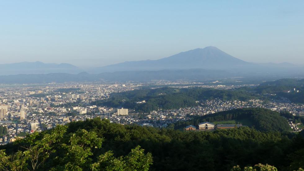 岩山展望台から盛岡市内を望む